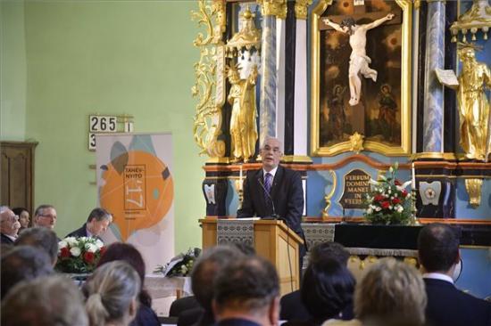 Magyarország és Románia egymásra utaltságára figyelmeztetett Balog Zoltán Brassóban