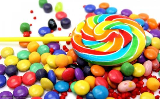 Házkutatások egy édességet gyártó cégnél: 50 millió lejes a kár