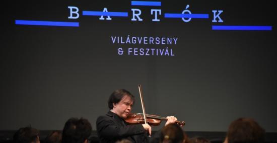 Bartók-világverseny – Heten a középdöntő után