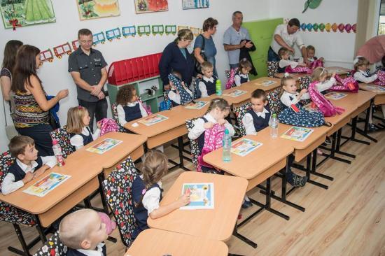 Iskolatáska program: tanszer és táska előkészítő osztályosoknak