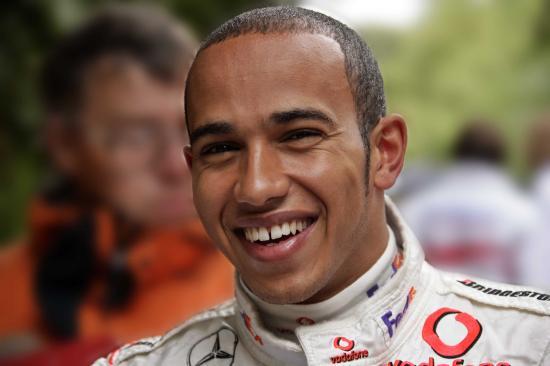 Hamilton győzött és növelte az előnyét összetettben