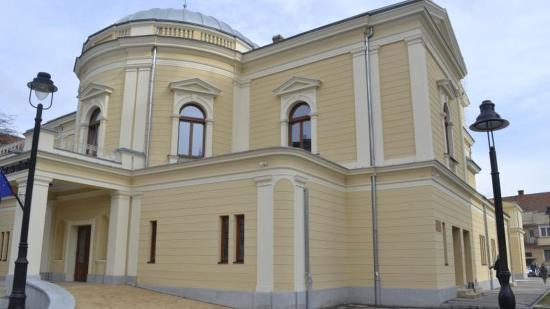 Ezzel készülnek a magyar színházak az új évadban Szatmártól Gyergyóig