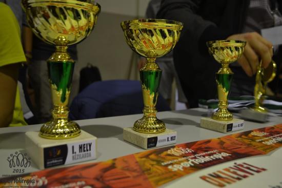 Több száz diák mérkőzött meg a 3. Középiskolás Sportolimpián – legsikeresebbnek a Báthory István Elmélet Líceum bizonyult