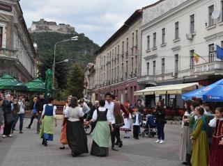 Köztéri rendezvények és díjátadás a Hunyad Megyei Magyar Napokon