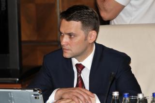 Három év börtönbüntetésre ítéltek első fokon Dan Şovát