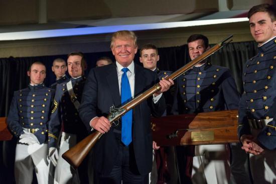 Donald Trump szerint elődei hiába próbálták jobb belátásra bírni Észak-Koreát, ezért csak egy megoldás létezik