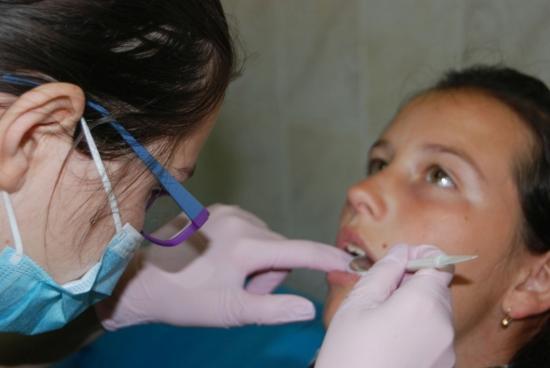 Szigorú szabályok az ingyenes fogászati kezelésnél