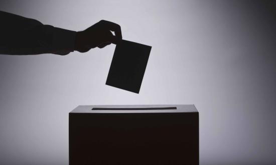 Parlamenti választás Ausztriában, elnökválasztás Kirgizisztánban