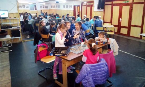 Kilencedszer szerveztek évadnyitót a szamosújvári Tékánál