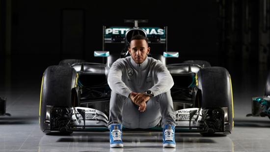Hamilton indul az élről, Vettel a második helyről