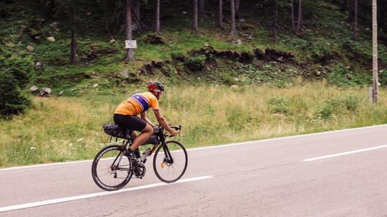 Transcontinental, ahol két hétig csak kerékpáron élnek