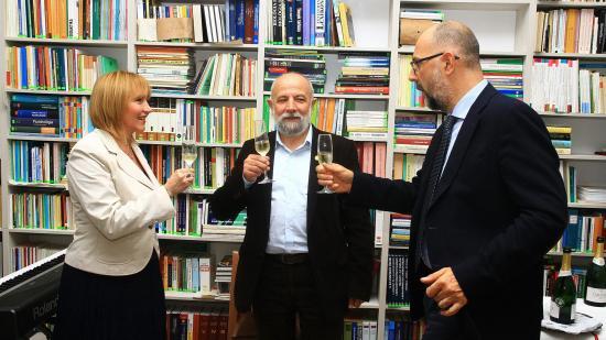Tankönyvgond: partnerséget kínál az Erdélyi Tankönyvtanács