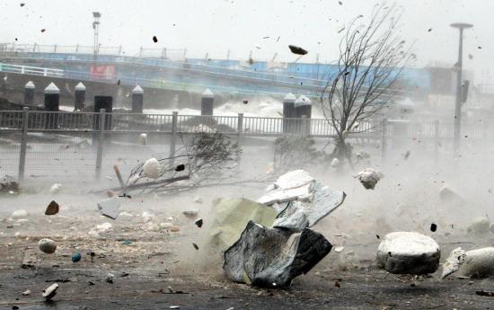 Heves szélvihar Csehországban: halálos áldozatok, áramkiesés