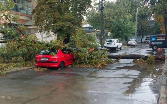 Tizenhét megye negyven települését érintette a rossz időjárás