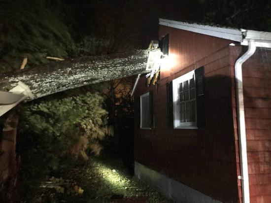 Rendkívüli viharok pusztítanak az Egyesült Államok északkeleti partvidékén
