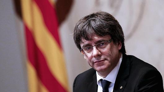 Puigdemont visszatérne Katalóniába