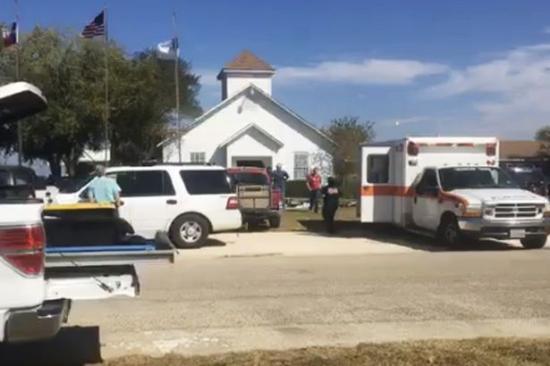 Több mint húsz halottja van a texasi támadásnak, a tettes meghalt