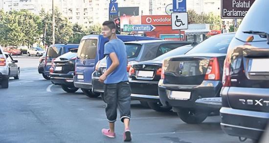 Törvénnyel küzdenek az önjelölt parkolóőrök ellen