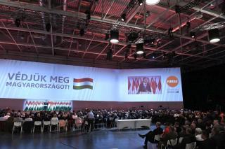 Szijjártó a Fidesz-kongresszuson: maradhasson magyar, aki bárhol a világon magyarnak születik