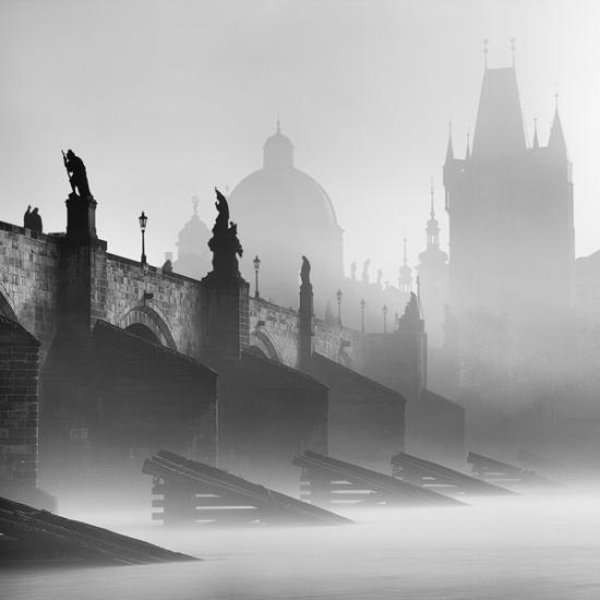 Kontinens a ködben