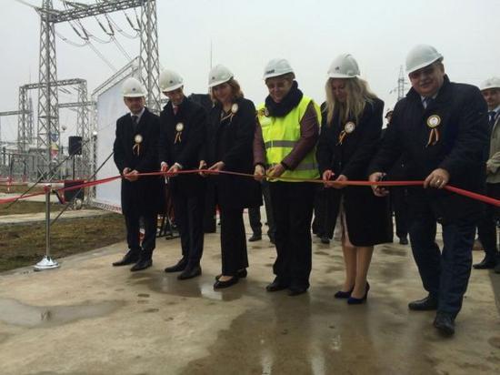 Korszerű áramátalakító állomást avattak Aranyosgyéresen