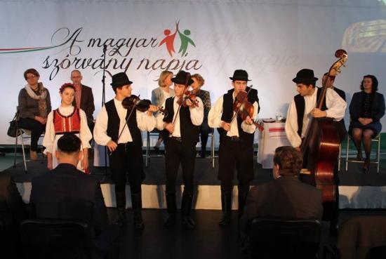 Szamosújváron ünnepelte a Magyar Szórvány Napját az RMDSZ