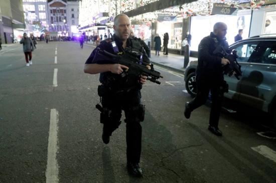 Verekedés okozhatta a pánikot a londoni metróállomáson