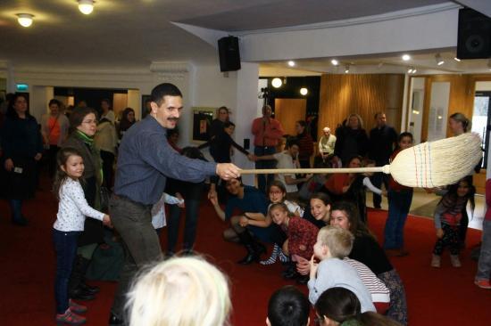 Hagyományőrző gyermekprogramok a magyar operában
