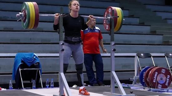 Román női győzelem a súlyemelő vébén