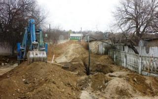Stănescu: minden településen legyen víz és csatornázás