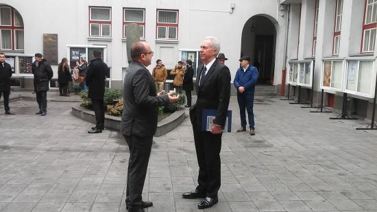 Világpolitikai kérdésekről értekezett Kolozsváron az Egyesült Államok bukaresti nagykövete