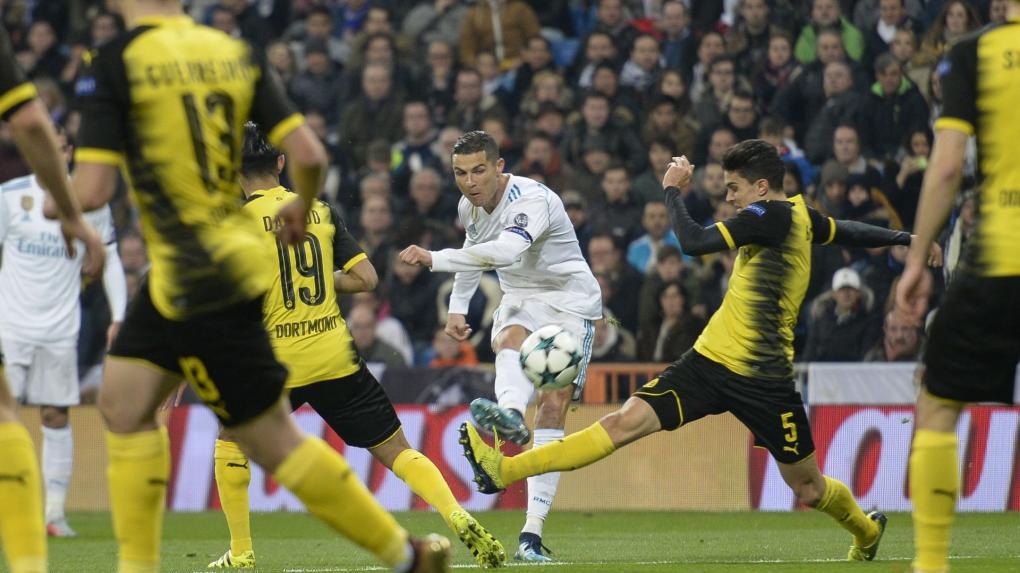 Újabb csúcsot döntött a valószínűleg ötödszörre aranylabdás Cristiano Ronaldo (középen, fehérben)