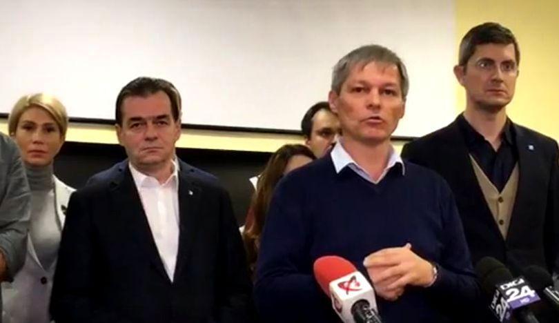 Orban, Cioloș és Barna a ma esti tüntetés előtt egyeztetett