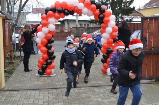 Karácsonyra hangolódtak Szamosújváron