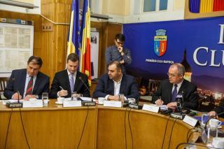 """Aláírták Kolozsvár körgyűrűjének """"keresztlevelét"""""""