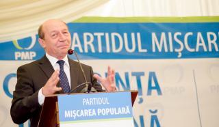 Băsescu: nem egy államfő szerepe a tüntetők élére állni