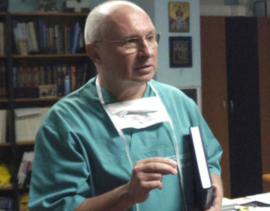Kolozsvári urológust vádolnak sikkasztással