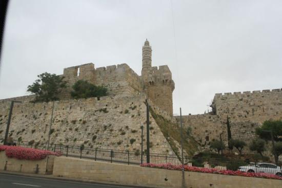 Dragnea átköltöztetné Jeruzsálembe a román nagykövetséget