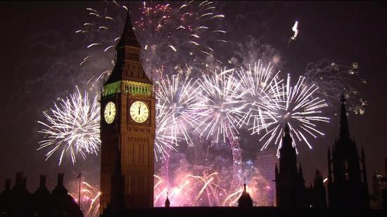 Fokozott biztonsági intézkedések közepette készül az óévbúcsúztatóra Nagy-Britannia