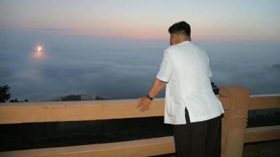 Szankciók, fenyegetések, sikeres rakéta- és atomkísérletek éve volt 2017 Észak-Koreában