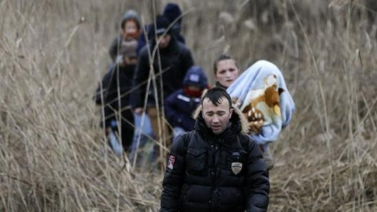 Hat irakit, köztük négy kiskorút tartóztattak fel a román-magyar határon