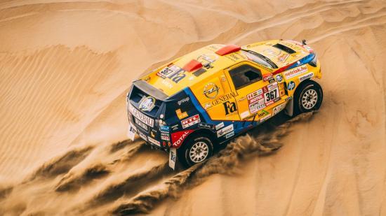 Spanyol és francia szakaszgyőzelem a Dakaron