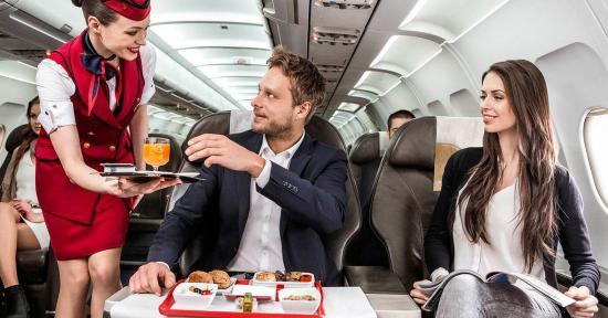 Újabb charter járat a kolozsvári repülőtérről