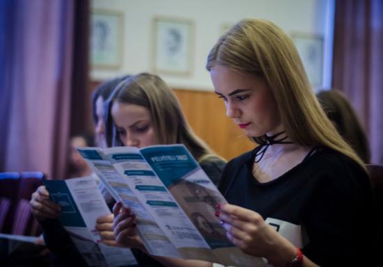 Felvételi vizsgát helyettesítő versenyeket és felkészítőket szervez a BBTE
