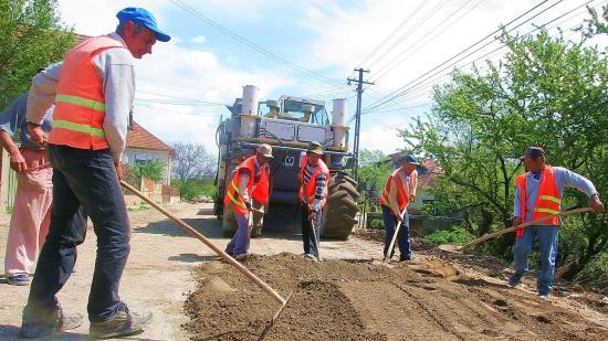 Pénzügyi mentőövek Kolozs megyei önkormányzatoknak