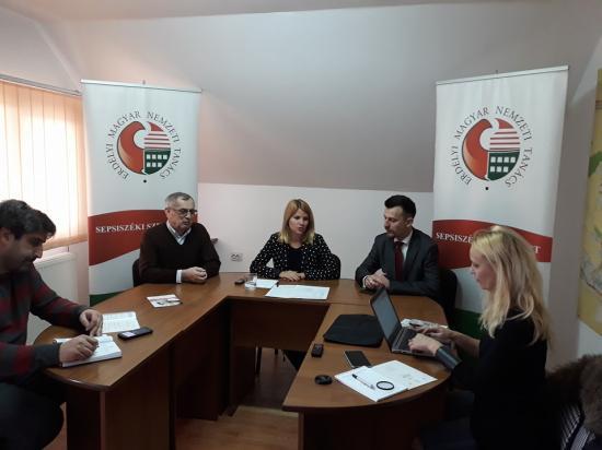 EMNT: már 44 ezer személyt elértek a regisztrációs kampány során