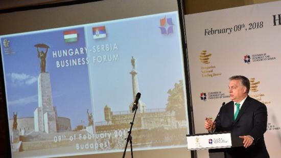 Orbán: Magyarország évente 4 milliárd köbméter gázt importál majd Romániából