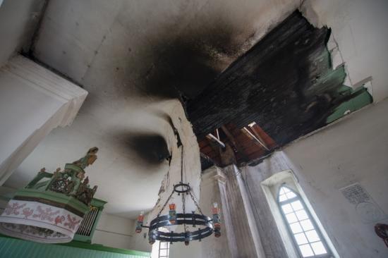 Tűz rongálta meg a válaszúti református templomot