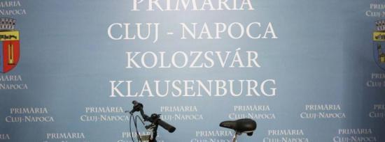 Musai-muszáj: flasmob a kolozsvári tábla-ügyért