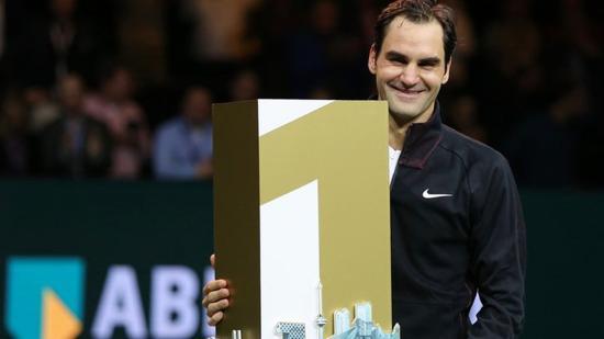 A fehér sport híreiből: Federer ismét világelső